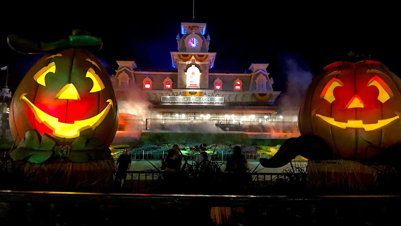 Mickey's Not So Scary Halloween Party Entrance