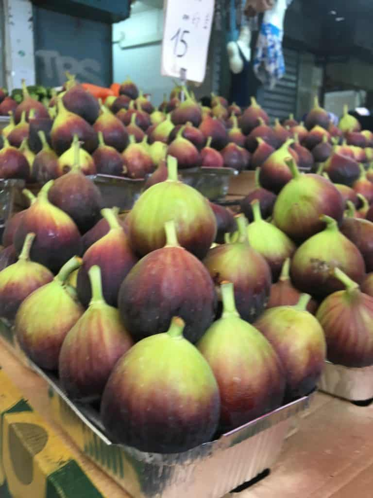 large fresh figs sold at shuk in tel aviv