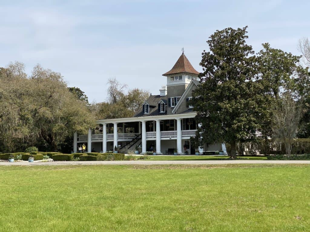 Large plantation house in South Carolina