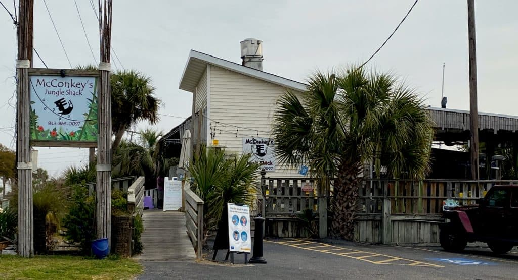 Beach shack restaurant on Edisto Island